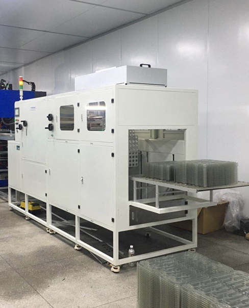 Blister dust removal machine